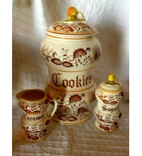 Retro 1950's Set Ceramic Kitchen Canisters Creamy White and Braun Brown Onion pattern