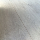 Chene 12mm AC5 Laminate..