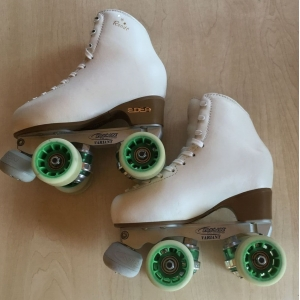 Second hand size 220 - size 1 skates white
