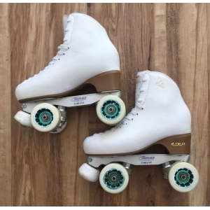 Second hand size 255 Size 5 skates white