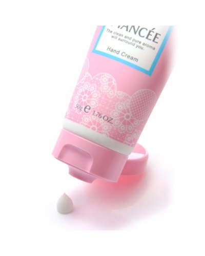 Japan Fiancèe Fiancee hand cream Scent of Pure Shampoo