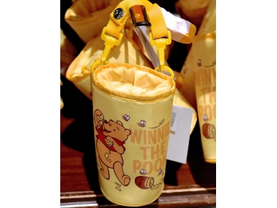 Tokyo Disneyland Disneysea Disney Resort Winnie The Pooh Water Bottle Tumbler Cooler Holder / Bag 東京ディズニーランドプーさんペットボトルホルダー