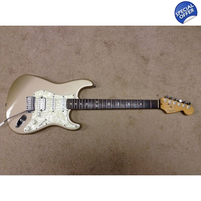 1996 Fender America Stratocaster with Locking Tuners & Hard Case-Like New
