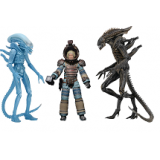 Aliens Series 11 Set of 3 Action Figur..