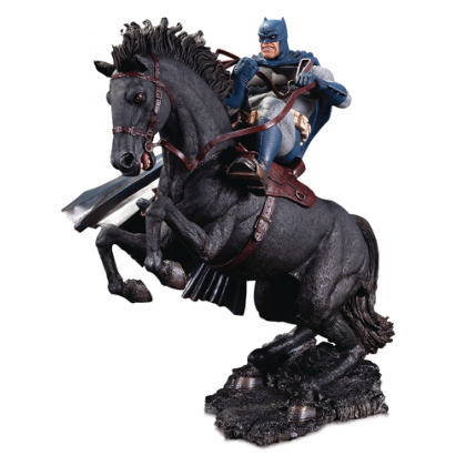 DC Comics Dark Knight Returns Batman Call to Arms Mini Battle Statue