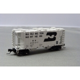 Athearn N. PS 2600 2 Bay Covered Hoppe..