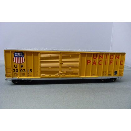 Athearn HO. 50ft FMC Double Door Boxcar,Union Pacific 300315