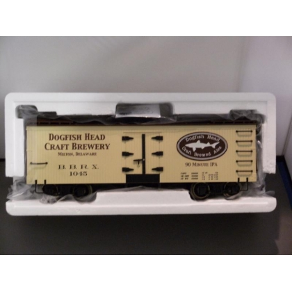Bachmann G. Billboard Reefer Car,Dogfish Head IPA No 1045