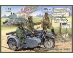 IBG Model BMW R12 with sidecar - military versio..