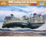 Trumpeter USMC Landing Craft Air Cushion  1/72