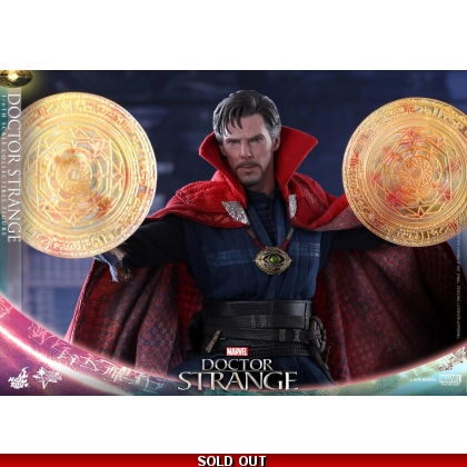 Hot Toys Doctor Strange - 1/6th scale Doctor Strange Collectible Figure