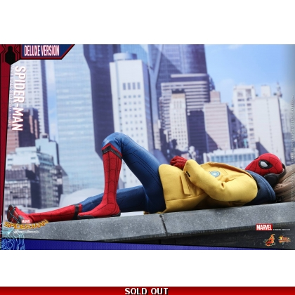 Hot Toys Spider-Man: Homecoming 1/6th scale Spider-Man Collectible Figure Deluxe Version