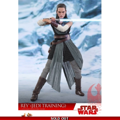 Hot Toys Star Wars: The Last Jedi 1/6th scale Rey Jedi Training Collectible Figure