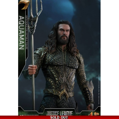 Hot Toys Justice League 1/6th scale Aquaman Collectible Figure