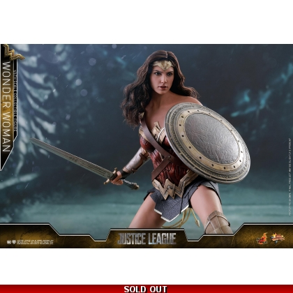 Hot Toys Justice League 1/6th scale Wonder Woman Collectible Figure