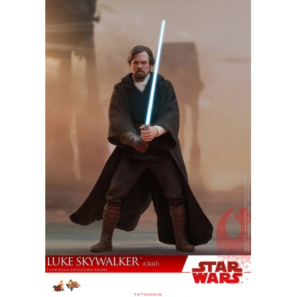 Hot Toys Star Wars: The Last Jedi 1/6th scale Luke Skywalker Crait Collectible Figure