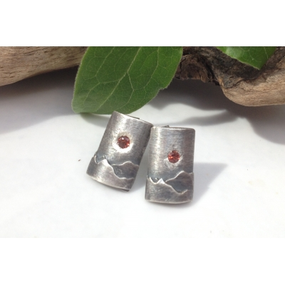 Sterling Silver earring..