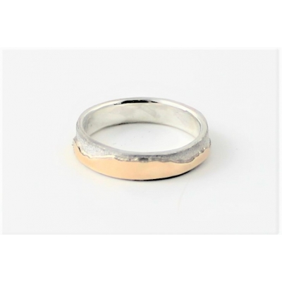 Narrow band sterling and 9ct mountains wedding ring