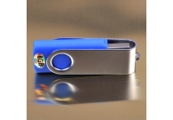 HIGH SPEED 8GB KEYRING 2.0 FLASH DRIVE..