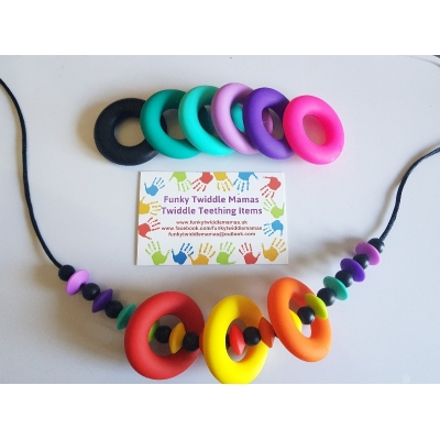 Stunning silicone high sensory necklace teething