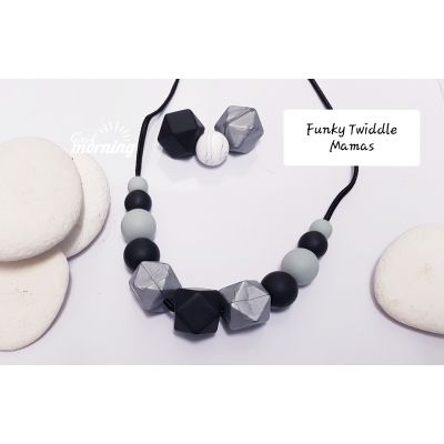 Monochrome Nursing Teething Breastfeeding Necklace silicone