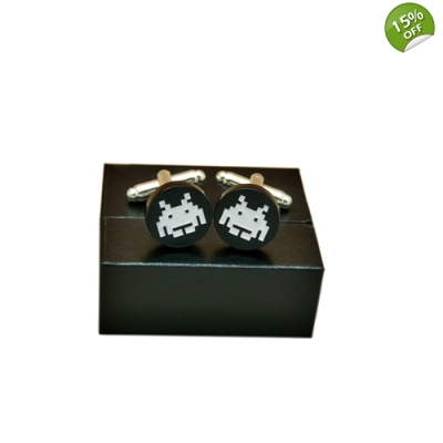 Space Invaders Retro Gaming Cufflinks title=