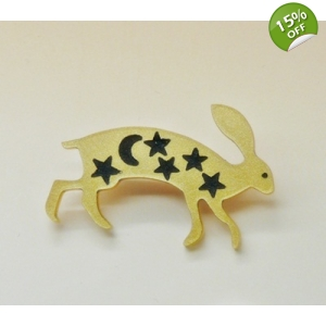 Gold wild Hare pin..