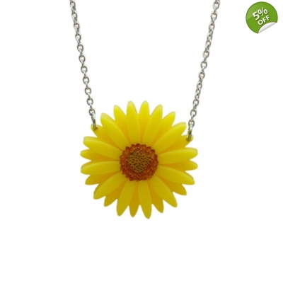 Deluxe Yellow Gerbera Necklace title=