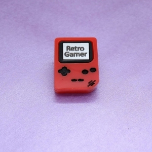 Retro Gamer Handheld console pin