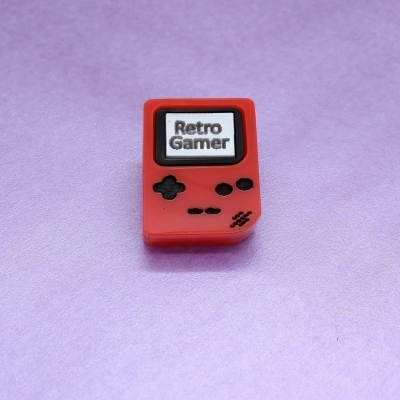 Retro Gamer Handheld console pin title=