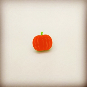 Pumpkin lapel hat pin b..