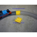 New motorized Trackmaster Adapter Plastic to OLD Thomas battery track MF set x2