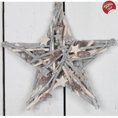 Whitewashed Wooden Star Wreath Decoration title=
