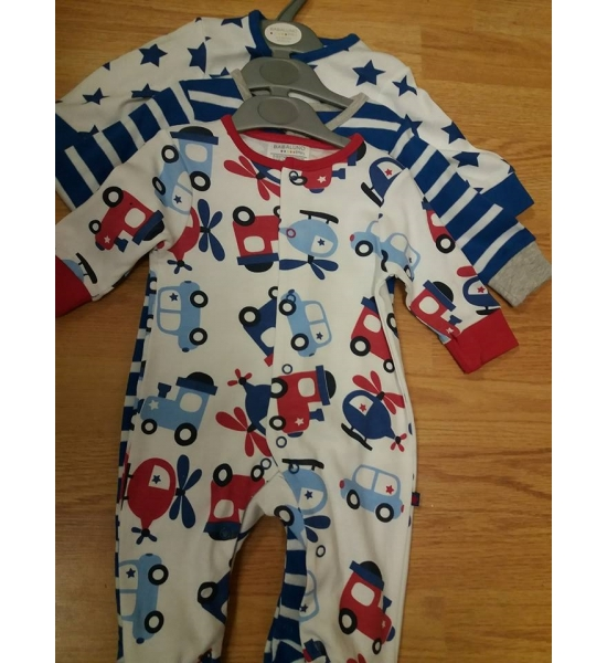 3 Pack sleepsuits 0-12 months