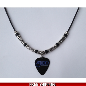 Le Studio Deluxe Necklace Black Pick W&B Logo NC