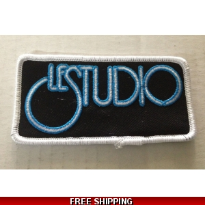 Le Studio Embroidered Patches W & B  W Rim Front Logo
