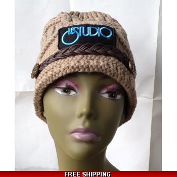 Beige Woman Winter Hat W & B..