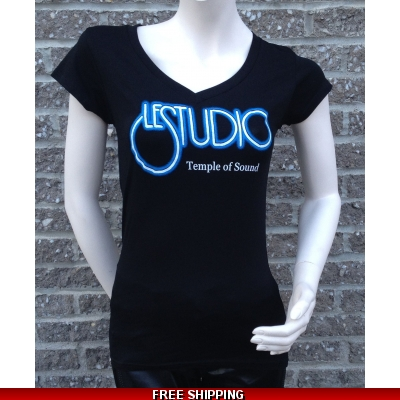 Girlie Shirt Black V Neck W&B Front Logo