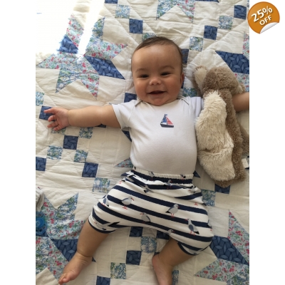 2-3y Navy & White Seagull Shorts