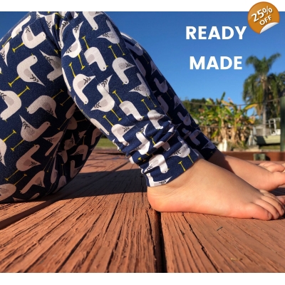 0-3m Navy Seagull Leggings