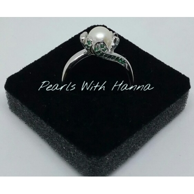 Pre-set Wild rose ring with white pearl