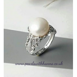 *NEW* Scroll Ring