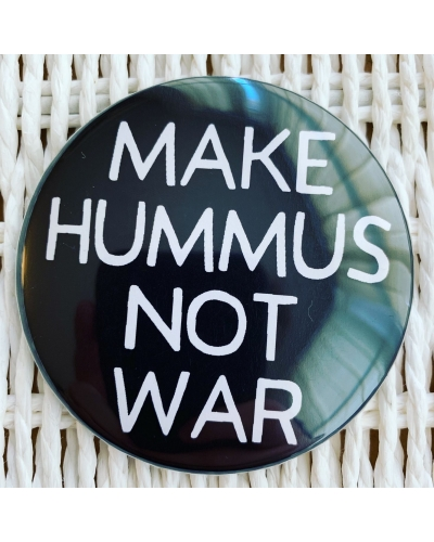 Make hummus not war. - vegan fridge magnet. Vegan home. Vegan fridge. Vegan kitchen.