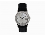 Gucci YA101509 Womens Pearl Black Leather Petite..