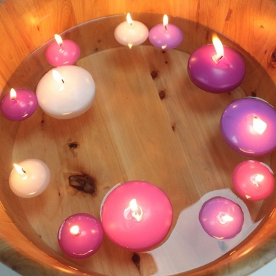 6 Large Floating Candles title=