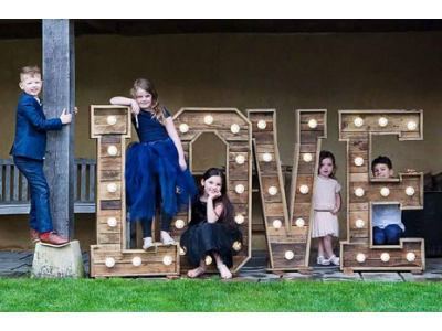 Rustic LOVE hire 4ft