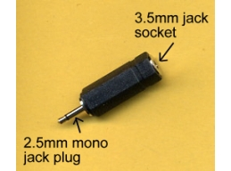 2.5mm Jack Plug to 3.5mm Jack Socket Adaptor Mono