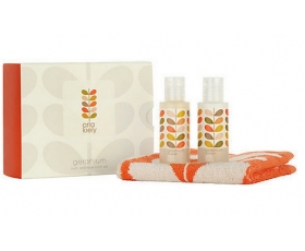 Orla Kiely Bath Face Cloth Gift Set Geranium