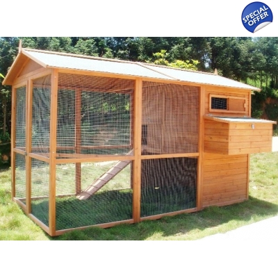 Giant Villa Coop, suitable for 8 hybrid sized birds or 12-16 bantams title=