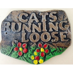 Cats running loose mould